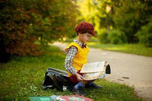 Boy who reads