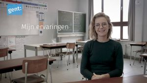 Hannelore teacher in class